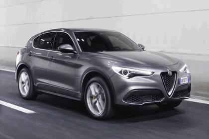 2017 Alfa Romeo Stelvio 5