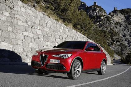 2017 Alfa Romeo Stelvio 41
