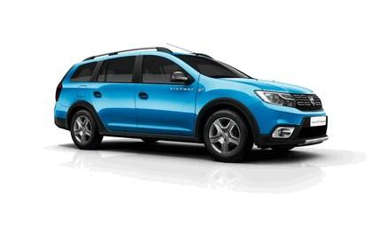 2017 Dacia Logan MCV Stepway 1