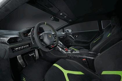 2017 Lamborghini Huracán LP 610-4 Performante 12
