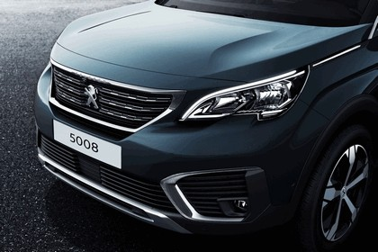 2017 Peugeot 5008 32