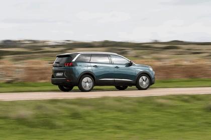 2017 Peugeot 5008 64