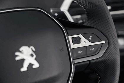 2017 Peugeot 5008 123