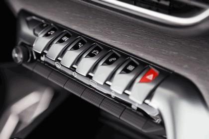2017 Peugeot 5008 129