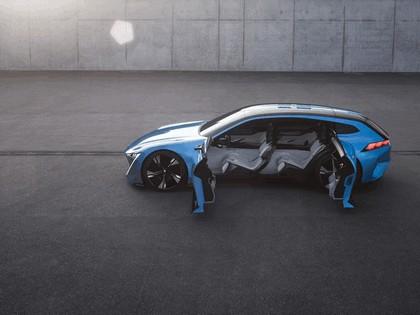 2017 Peugeot Instinct concept 14