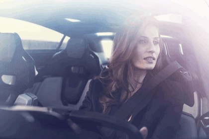 2017 Peugeot Instinct concept 43
