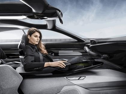 2017 Peugeot Instinct concept 46