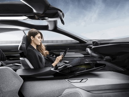 2017 Peugeot Instinct concept 47