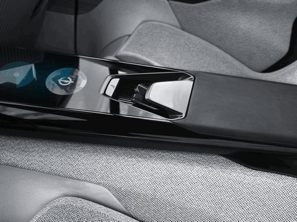 2017 Peugeot Instinct concept 56