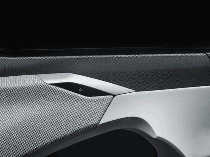 2017 Peugeot Instinct concept 60
