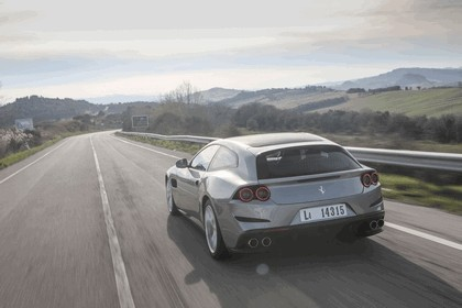 2017 Ferrari GTC4Lusso T 6