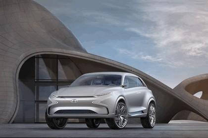 2017 Hyundai FE Fuel Cell concept 7