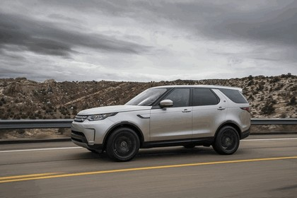 2017 Land Rover Discovery - USA version 4