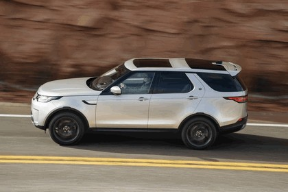 2017 Land Rover Discovery - USA version 14