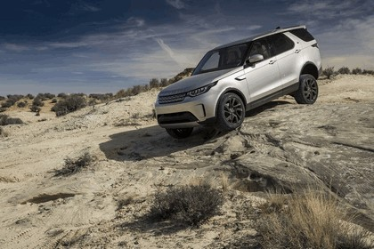 2017 Land Rover Discovery - USA version 27