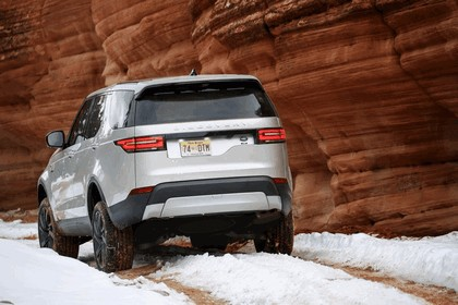 2017 Land Rover Discovery - USA version 29