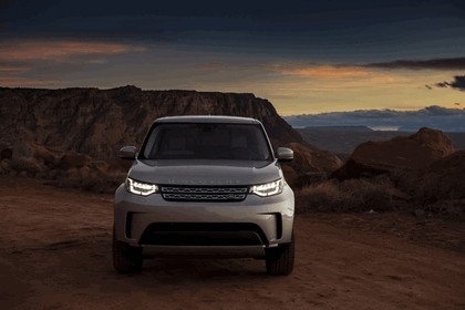 2017 Land Rover Discovery - USA version 37