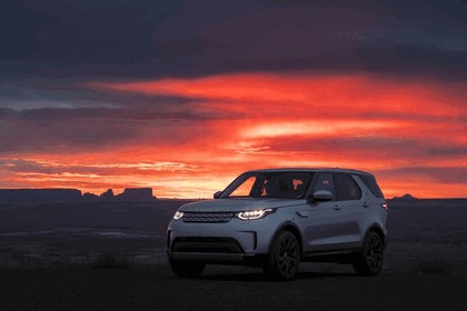 2017 Land Rover Discovery - USA version 39