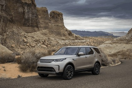 2017 Land Rover Discovery - USA version 40