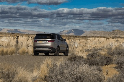 2017 Land Rover Discovery - USA version 43