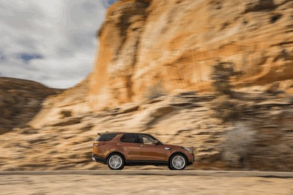 2017 Land Rover Discovery - USA version 52