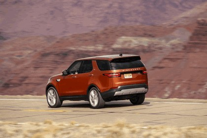 2017 Land Rover Discovery - USA version 54