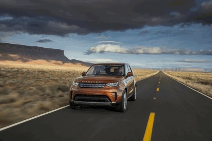 2017 Land Rover Discovery - USA version 55