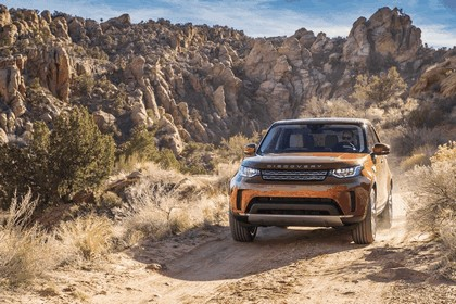2017 Land Rover Discovery - USA version 59