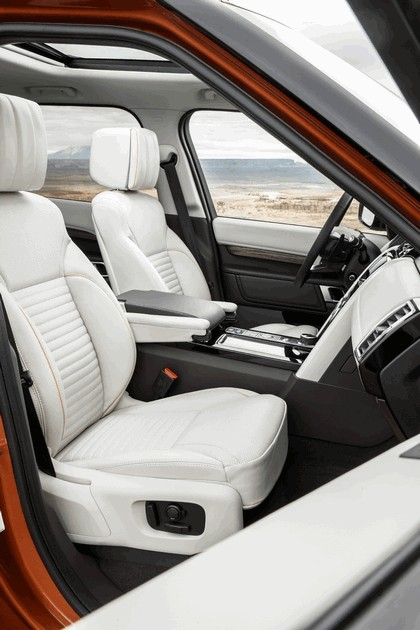 2017 Land Rover Discovery - USA version 72