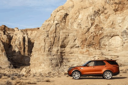 2017 Land Rover Discovery - USA version 79