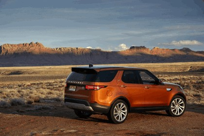 2017 Land Rover Discovery - USA version 85