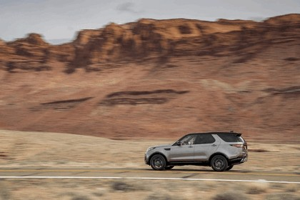 2017 Land Rover Discovery - USA version 102