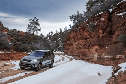 2017 Land Rover Discovery - USA version 114