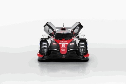 2017 Toyota TS050 Hybrid 16