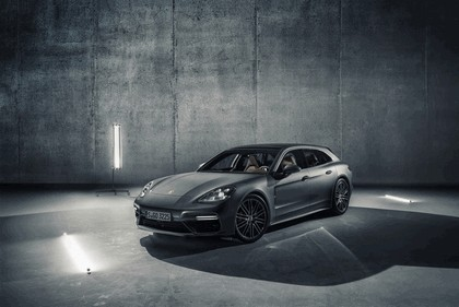 2018 Porsche Panamera Sport Turismo 1