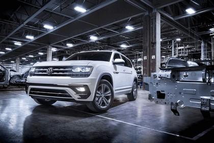 2018 Volkswagen Atlas R-Line 1