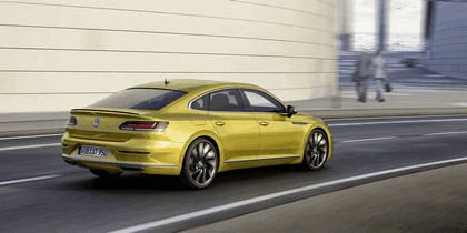 2017 Volkswagen Arteon R-Line 2
