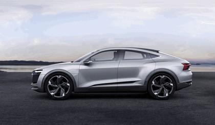 2017 Audi e-tron Sportback concept 3