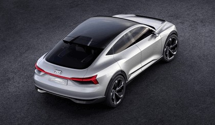 2017 Audi e-tron Sportback concept 6