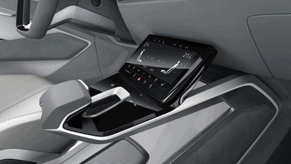 2017 Audi e-tron Sportback concept 28