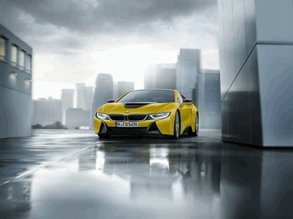 2017 BMW i8 Frozen yellow edition 4