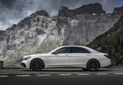 2017 Mercedes-AMG S 63 4Matic+ 12