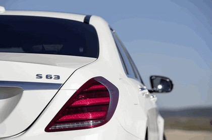 2017 Mercedes-AMG S 63 4Matic+ 32