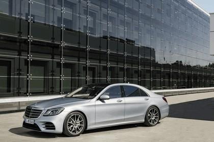 2017 Mercedes-Benz S-Klasse LWB 4