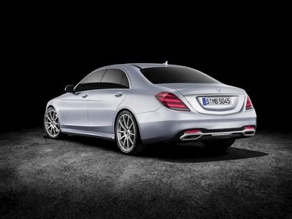 2017 Mercedes-Benz S-Klasse LWB 9