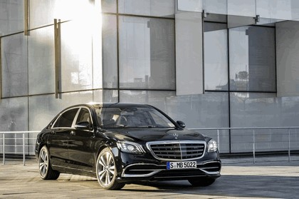 2017 Mercedes-Maybach S 560 4Matic 5