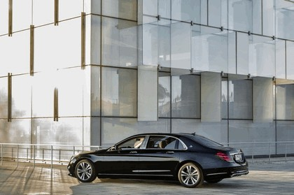 2017 Mercedes-Maybach S 560 4Matic 7