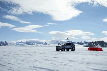 2017 Hyundai Santa Fe Endurance - Antarctica edition 10