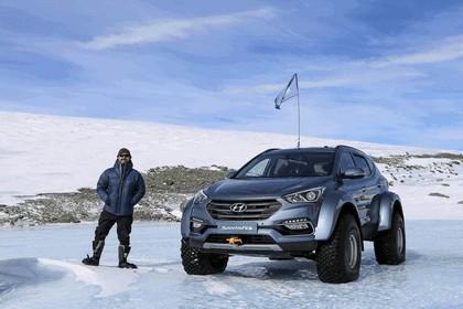 2017 Hyundai Santa Fe Endurance - Antarctica edition 17