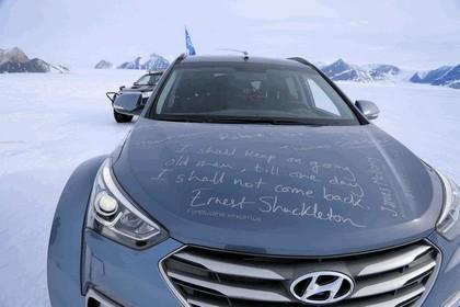 2017 Hyundai Santa Fe Endurance - Antarctica edition 21